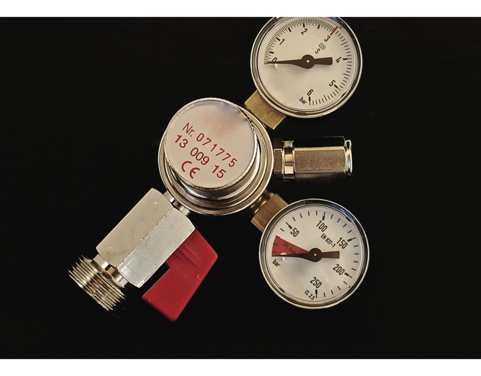 CO2 Druckminderer 0-3 bar